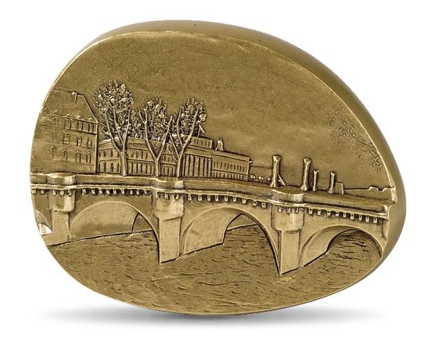 (FMED.Méd.MdP.CuSn.100110505800P0) Bronze clipboardmedal - In the heart of Paris Obverse (zoom)