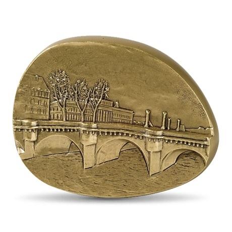 (FMED.Méd.MdP.CuSn.100110505800P0) Médaille presse-papiers bronze - Au coeur de Paris Avers