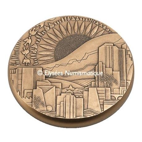 (FMED.Méd.MdP.CuSn.100112508200P0) Médaille presse-papiers bronze - Développement durable Avers