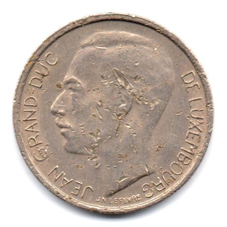 w135-100-1976-1-000000004-1-franc-grand-duc-jean-de-luxembourg-1976-avers