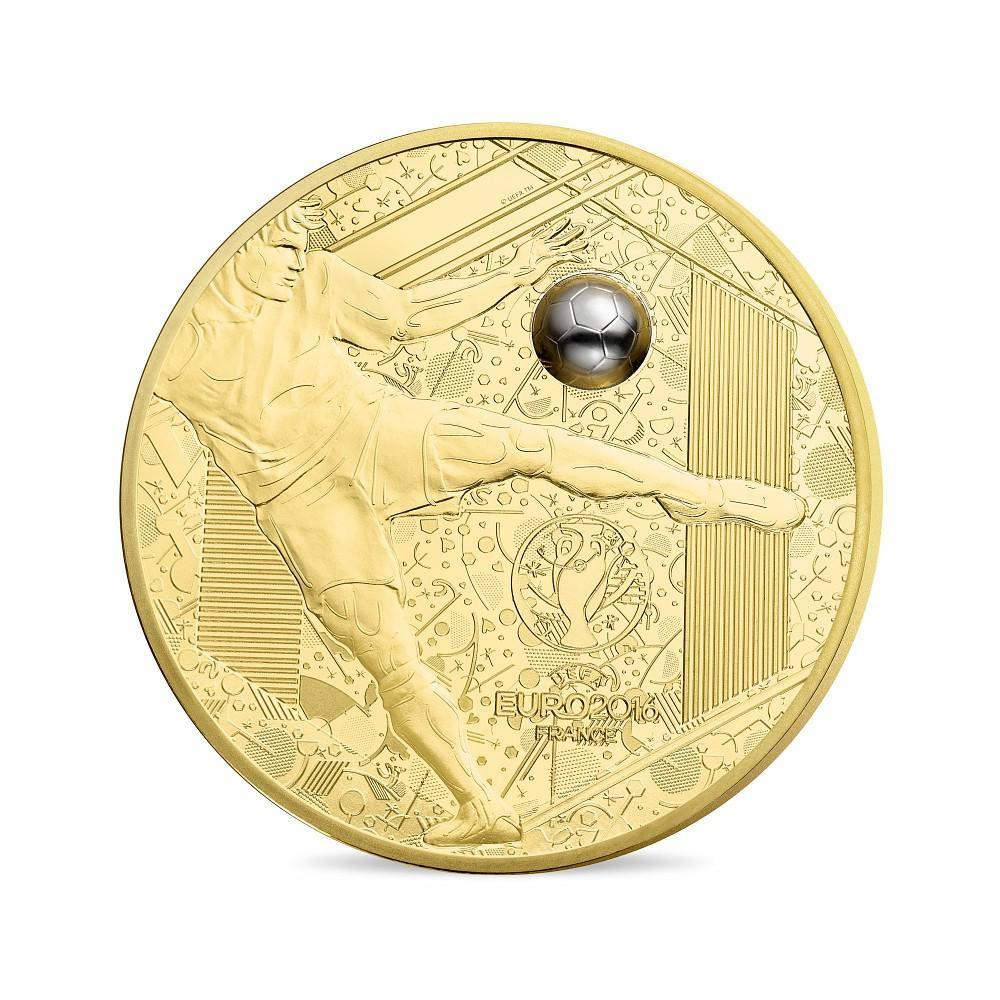 (EUR07.ComBU&BE.2016.10041300610000) 200 euro France 2016 Proof gold - UEFA Euro 2016 Obverse (zoom)