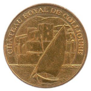 (FMED.Méd.tourist.2013.CuAlNi3.sup.000000001) Tourism token - Royal castle of Collioure Obverse (zoom)