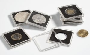 (MAT01.Rangindiv.Caps.323367) Paquet de 10 capsules Leuchtturm QUADRUM pour monnaies 23,00 mm (zoom)