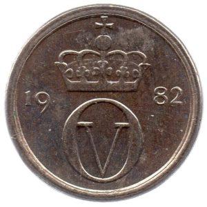 (W161.010.1982.1.sup.000000001) 10 Ore King Olav V's monogram 1982 Obverse (zoom)