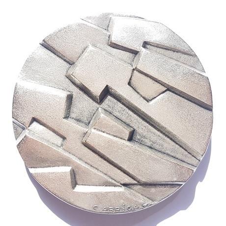 (FMED.Méd.MdP.Ag[]CuSn5.1.sup.000000001) Médaille bronze argenté - Oeuvre anépigraphe de Carréga Avers