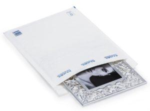 (MATRj.Parcels.Env.PMBL0C.100) White bubble envelopes RAJABUL Eco (example 2) (zoom)