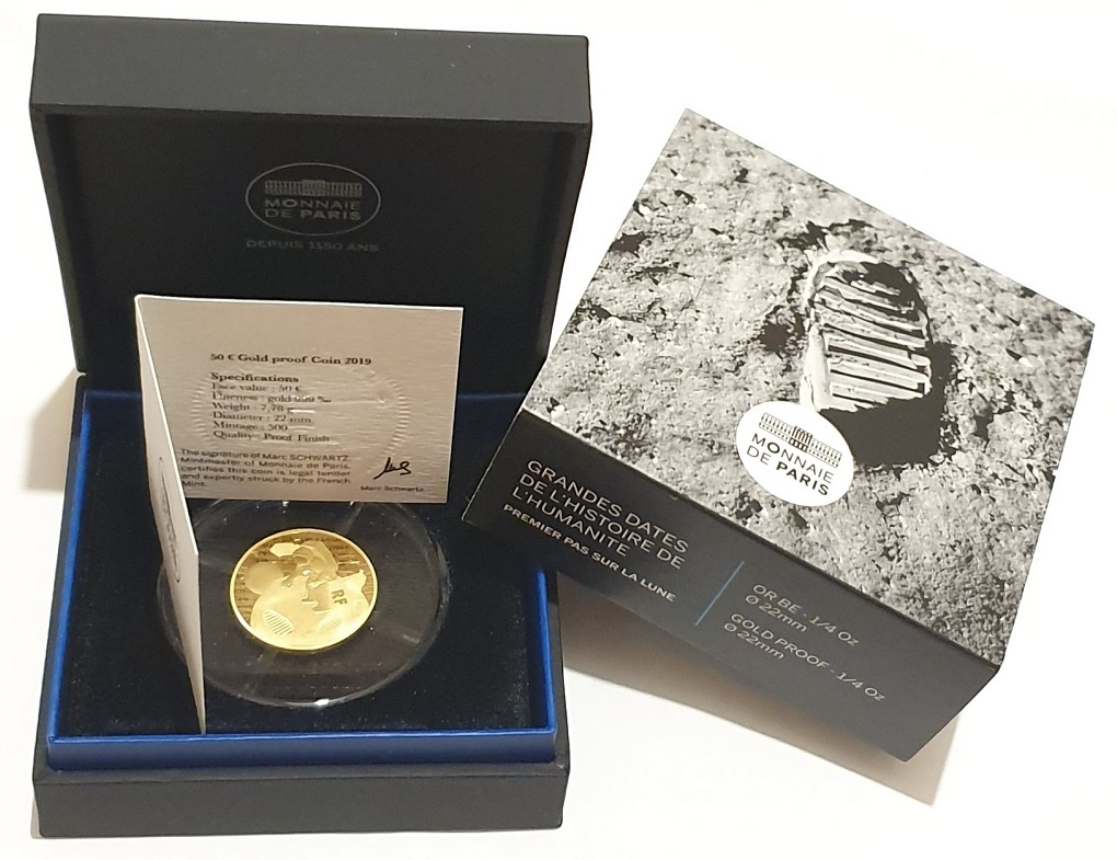 (EUR07.ComBU&BE.2019.5000.BE.1004132969000) First step on the moon (packaging) (zoom)