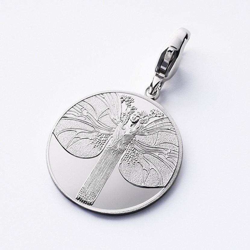 (MED01.Méd.couMünzeÖ.Ag_.24007) Silver pendant medal - Koloman Moser's Butterfly woman Obverse (zoom)