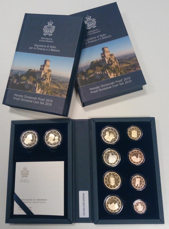 (EUR18.CofBE.2019.Cof-BE.317) Proof coin set San Marino 2019 (zoom)