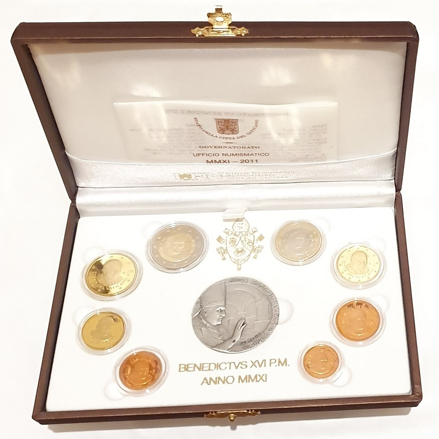 (EUR19.CofBE.2011.Cof-BE.1.000000001) Proof coin set Vatican State 2011 (open) (zoom)