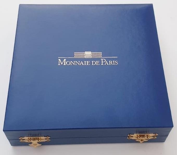 (EUR07.ComBU&BE.2010.10000.BE.COM2) 100 euro France 2010 Proof silver - Marcel Dassault (case) (zoom)