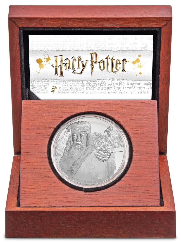 (W160.200.2020.1.ag.bullco.30-00954) 2 Dollars Niue 2020 1 oz Proof silver - Albus Dumbledore (case) (zoom)