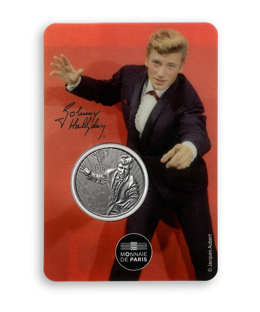 (FMED.Méd.souv.2020.10011350980000) Token - Johnny Hallyday wearing a smoking Front (zoom)