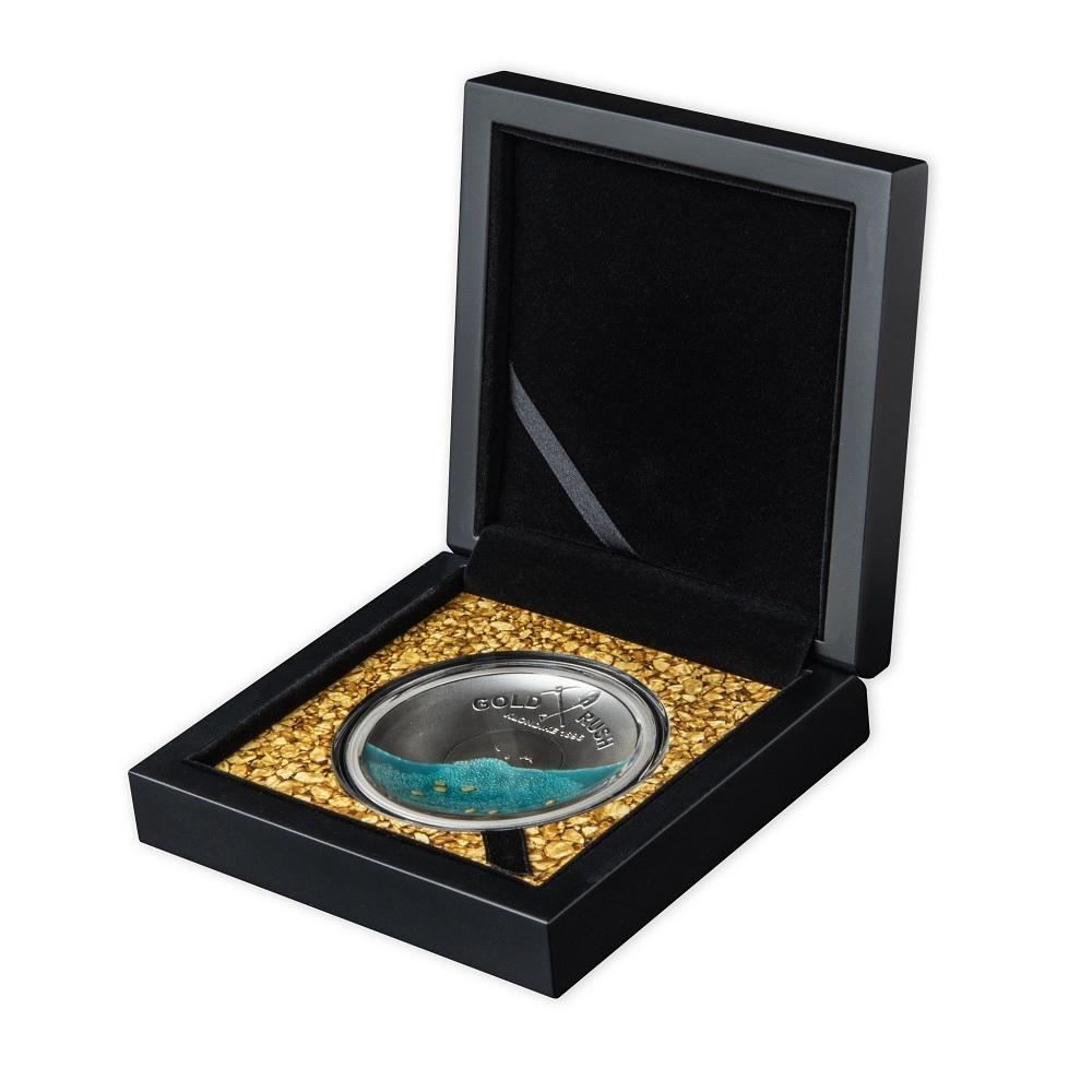 (W106.5.D.2021.50.g.Ag.1) 5 Dollars Salomon Islands 2021 50 g Proof Ag - Gold Rush (open case) (zoom)