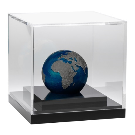 (W022.5.D.2021.3.oz.Ag.2) 5 Dollars Barbade 2021 3 onces argent BU - La planète Terre de nuit (socle)
