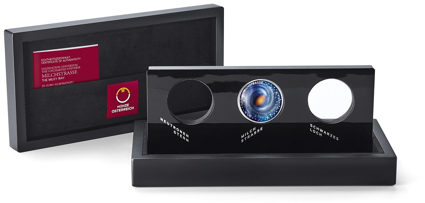 (MATMünzeÖ.case.25475) Collector case Austrian Mint - The Uncharted Universe (open) (zoom)